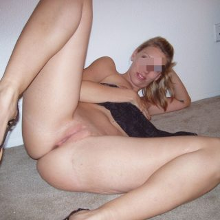 Femme blonde super bonne en direct de Saint-Quentin