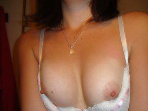 Une paire de seins pour une rencontre coquine sur Nancy